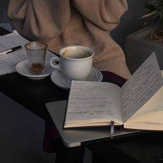brown aesthetic soft minimalistic light work notebook pen jumper sweater coffee cup notes korean kawaii grunge cute kpop pretty photography art artistic ethereal g e o r g i a n a : e t h e r e a l Brown Aesthetic, Aesthetic Photo, Aesthetic Pictures, Aesthetic Coffee, Aesthetic Gif, Summer Aesthetic, Aesthetic Food, Foto Face, Coffee And Books