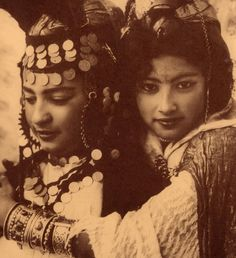 Vintage photography and trad costumes