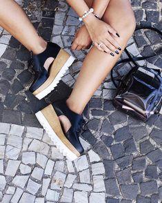 41 melhores imagens de Tendências em sapatos em 2019   Shoes e Snuggles 2d25b5f258