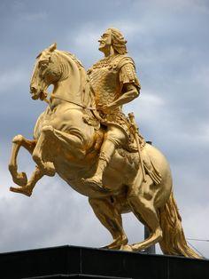 Der Goldene Reiter - August der Starke, König von Polen, Kurfürst von Sachsen.