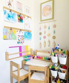 Art corner - craft corner - playroom inspo - kids room inspo - playroom decor - kids room decor - kids art and craft - hang kids art - kids organisation - kids art supplies Kids Art Corner, Kids Art Area, Kids Art Space, Kids Room Art, Kids Bedroom, Unisex Bedroom Kids, Art Kids, Craft Corner, Montessori