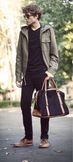 Casual wear along with men's tote, no need to stuff pockets here.