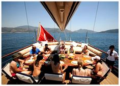 bosphorus cruise tour by private yacht