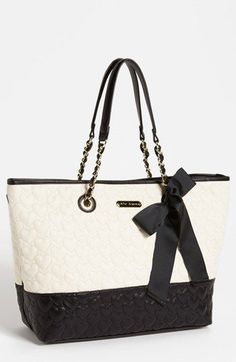 Betsey Johnson One Only Tote available at My new Michael Kors save off!unbelievable cheap sale you'll gonna love this site and these bags Outlet Michael Kors, Handbags Michael Kors, Purses And Handbags, Mk Handbags, Fashion Handbags, Betsey Johnson, Besty Johnson Purses, Handbag Stores, Mk Bags