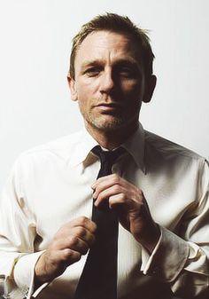 if i had 1/8 of Daniel Craig's style, I'd be something