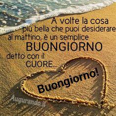 Immagini buongiorno le più belle e originali le trovi qui! Italian Memes, Good Morning, Smiley, Bella, Poland, Facebook, Projects, Messages, Frases