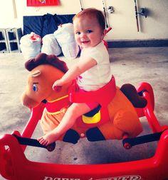Go, horsie, go!