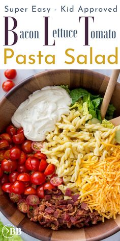 Minute BLT Pasta Salad ~ Easy 15 Minute Dinner This 15 min bacon lettuce tomato pasta salad is the perfect quick summer pasta salad for parties or an easy quick dinner. It's one of the easiest bacon for a meal recipes and is even pretty healthy. Tomato Pasta Salad, Blt Pasta Salads, Summer Pasta Salad, Healthy Pasta Salad, Bacon Tomato Pasta, Party Salads, Pasta Meals, Dinner Salads, Recipe For Pasta Salad