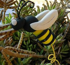Science project/resource: A Bee is More than a Bug