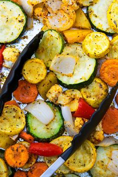 The best, healthy, quick and easy oven roasted vegetables recipe, homemade with simple ingredients in one pan or sheet pan in 30 minutes. Grilled Vegetables Oven, Roasted Veggies In Oven, Grilled Vegetable Recipes, Veggie Recipes In Oven, Vegetables In The Oven, Roasted Potatoes, Potato Recipes, Easy Vegetable Side Dishes, Veggie Dishes