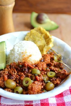 This classic Cuban ground beef dish is quick and easy, and is great over rice. It can also be used as a filling for tacos or empanadas |mycolombianrecipes.com