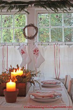 Creating Vintage Charm: Christmas in my home. Christmas Makes, Noel Christmas, Primitive Christmas, Country Christmas, All Things Christmas, Beautiful Christmas, Vintage Christmas, White Christmas, Scandinavian Christmas
