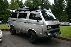 VW Vanagon, these are so ugly but I want one to drive on road-trips. Vw T3 Camper, Vw Bus T3, Off Road Camper, Camper Life, Vw T3 Doka, Volkswagen Westfalia, T6 California Beach, Transporter T3, Vw Camping