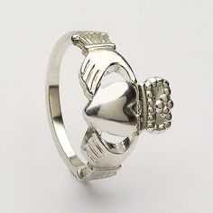 Claddagh Ring Medium (C-99)