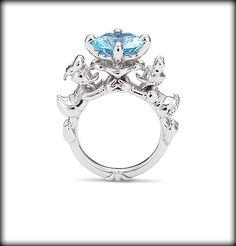Holy crap, I need this. Donald & Daisy ring!!