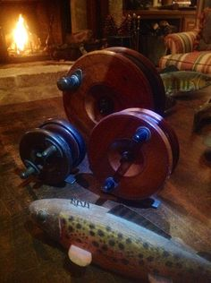 via WON women's outdoor news  HGM4-star-back-reels  http://www.womensoutdoornews.com/2014/08/bringing-wild-inside-repurposing-fishing-creel/