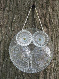 Glass Owl Suncatchers by Unflygettable on Etsy… Glass Garden Flowers, Glass Plate Flowers, Glass Garden Art, Flower Plates, Glass Art, Sea Glass, Garden Totems, Glass Birds, Garden Whimsy