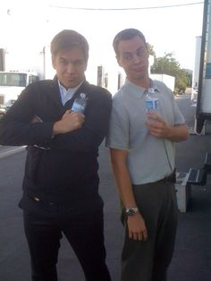Lol really cute picture of Michael Weatherly (plays Tony DiNozzo) and Sean Murray (plays Timothy McGee)