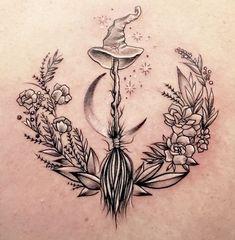 Heidnisches Tattoo, Tatoo Henna, Body Art Tattoos, Tattoo Drawings, Small Tattoos, Sleeve Tattoos, Tattoo Fonts, Tatoos, Elfen Tattoo