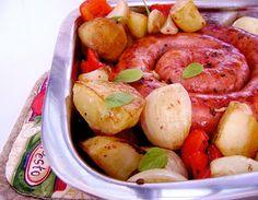 Linguiça assada com tomate, cebola e batata no dia 05/02/2011