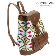 By buying this bag you are supporting the Wayuu craftsmanship and empowering women in this ethnic community to develop their skills and have a better standard of living. Through CASTELLANO's products, the cultural heritage and internationally renowned weaving skills are being preserved.