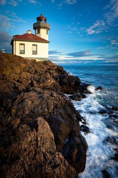 ✮ Lime Kiln Point lighthouse on San Juan Island, Washington; Traveled here many a time by boat..... Beautiful doesn't even begin to describe these Islands.....