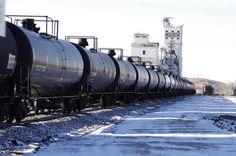 Bakken oil tanks