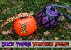 Duck Tape Pumpkin Purses Tutorial #StickOrTreat #HalloweenCrafts