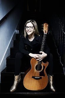 Lisa Loeb & Nine Stories (The Gold) Stay (I Missed You)
