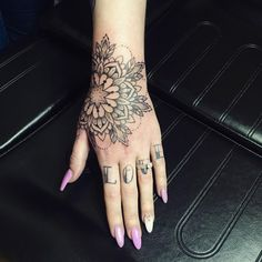Cool Skull Tattoos For Women – My hair and beauty Mandala Tattoo Design, Forearm Mandala Tattoo, Tattoo Designs, Small Forearm Tattoos, Women Forearm Tattoo, Hand Tattoo Frau, Hand Tats, Manos Tattoo, Tattoo Minimaliste