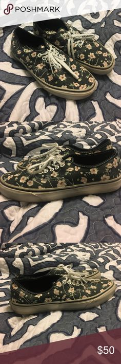 Floral authentic vans Vans that were worn maybe 5 times! Nearly brand new condition, no wear and tear! #vans #sneakers #womensshoes #floral #spring #hottopic #emo #grunge #shoes Vans Shoes Sneakers