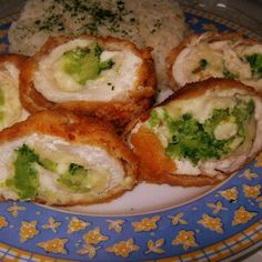 Brokkolival töltött csirkemell (Stuffed chicken breasts with broccoli) Eastern European Recipes, What To Cook, No Cook Meals, Nutella, Main Dishes, Cake Recipes, Chicken Recipes, Bacon, Food And Drink