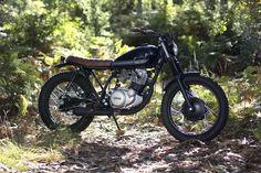 Yamaha SR 250 Street Tracker - Trinta&Um Motorcycles. Una moto que viene desde Portugal para que disfrutes de una SR clásica, simple y elegante.