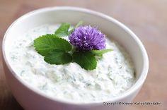 Grüne Sauce Old Recipes, Potato Recipes, Dips, Pesto Sauce, Sauerkraut, Spicy, Vegetables, Cooking, Breakfast