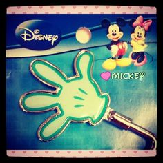 Handy Hand ♥ #mickeymouse #bagholder #gift #thankful