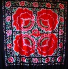 Amazing antique #manton de #manila (#flamenco #shawl)