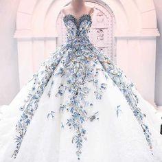 Beautiful dress jαɢlαdy