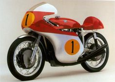1965 MV Agusta 500-4 #classic #motorcycles #motos | caferacerpasion.com