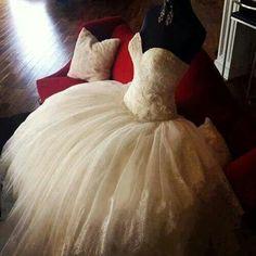 http://www.stylisheve.com/maggie-sottero-sheath-wedding-dresses/