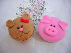 fondant pets cupcakes
