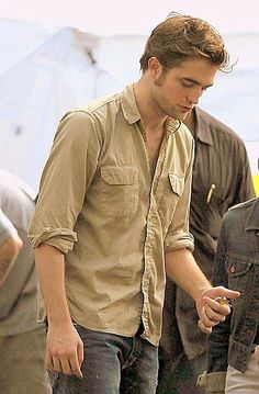 """""""I was immune to him until I saw Remember Me. Now I'm daydreaming about him."""" - Jennifer Lawrence talking about Robert Pattinson"""