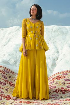 Buy Embroidered Top with Flared Pant by Paulmi and Harsh at Aza Fashions Party Wear Indian Dresses, Designer Party Wear Dresses, Pakistani Dresses Casual, Indian Fashion Dresses, Indian Gowns Dresses, Dress Indian Style, Indian Wedding Outfits, Indian Designer Outfits, Indian Outfits