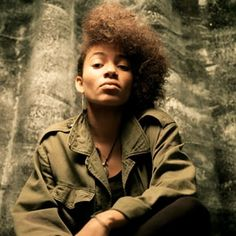 Nneka to headline cultural entertainment festival in London! Trip Hop, Latest Music Videos, Latest Pics, World Music, Afro, Uk Charts, Olympics Opening Ceremony, Musica, Concert