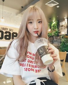 @nenezsnp Beautiful Asian Girls, Pretty Girls, Cute Girls, Cool Girl, Cute Korean, Korean Girl, Blonde Asian, Uzzlang Girl, Korean Aesthetic