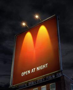 Открыты ночью. McDonald's