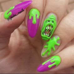 59 Exciting Halloween Nail Art Ideas to Complement Your Spooky Style 3d Nails, Cute Nails, Pretty Nails, Halloween Nail Designs, Halloween Nail Art, Maleficent Halloween, Spooky Halloween, Gothic Nails, American Nails
