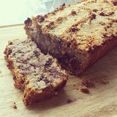 Life is what you're cooking : choco-kokos brood Baking With Almond Flour, Vegan Baking, Healthy Baking, Sweet Recipes, Real Food Recipes, Delicious Desserts, Yummy Food, Tapas, Breakfast Cake