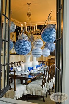 I added simple paper lanterns to make my dining fun and dramatic!