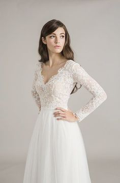Wedding Shoes Nordstrom lot Wedding Reception neither Wedding Rings Inexpensive below Wedding Guest Dresses October Lace Wedding Dress With Sleeves, Top Wedding Dresses, Long Sleeve Wedding, Dresses With Sleeves, Lace Sleeves, Tight Dresses, Nice Dresses, Stunning Dresses, Beautiful Outfits