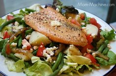 Coastal Flats's Short Smoked Grilled Salmon Salad (similar to Sweetwater Tavern's Short Smoked Grilled Salmon Salad I had in Virginia - over mixed greens with champagne vinaigrette, dates, sun dried cranberries, new potatoes, balsamic onions & pine nuts)